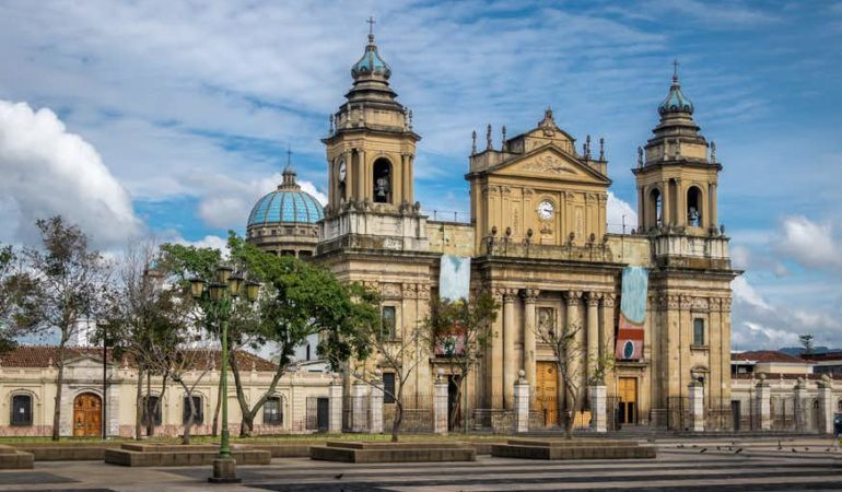 How to get from Panajachel to Guatemala City