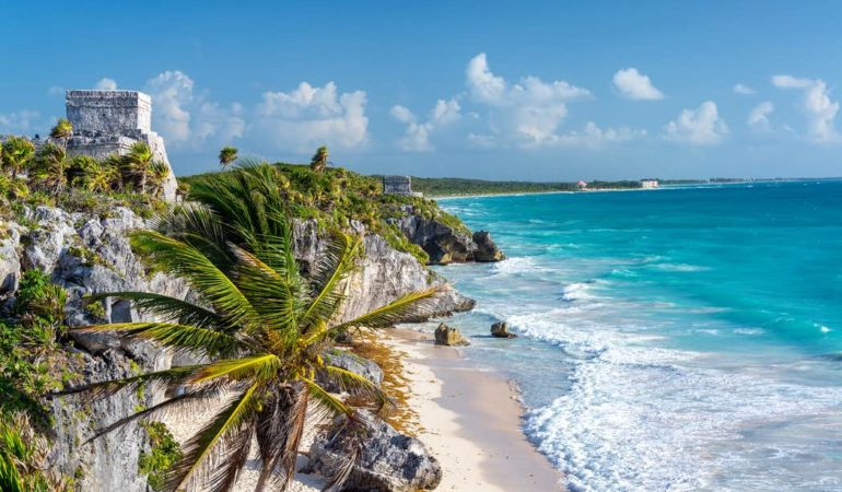 How to get from Merida to Tulum