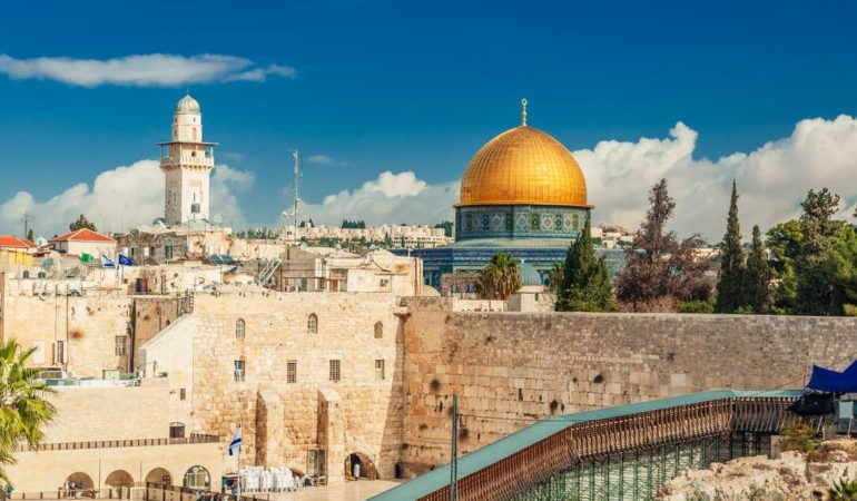 Get 7000 Years of History on this 4-Day Tour of Israel